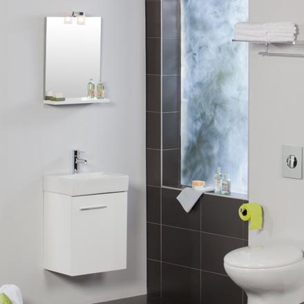 Tu ba o se te hace peque o 5 consejos para darle for Inodoros para espacios reducidos