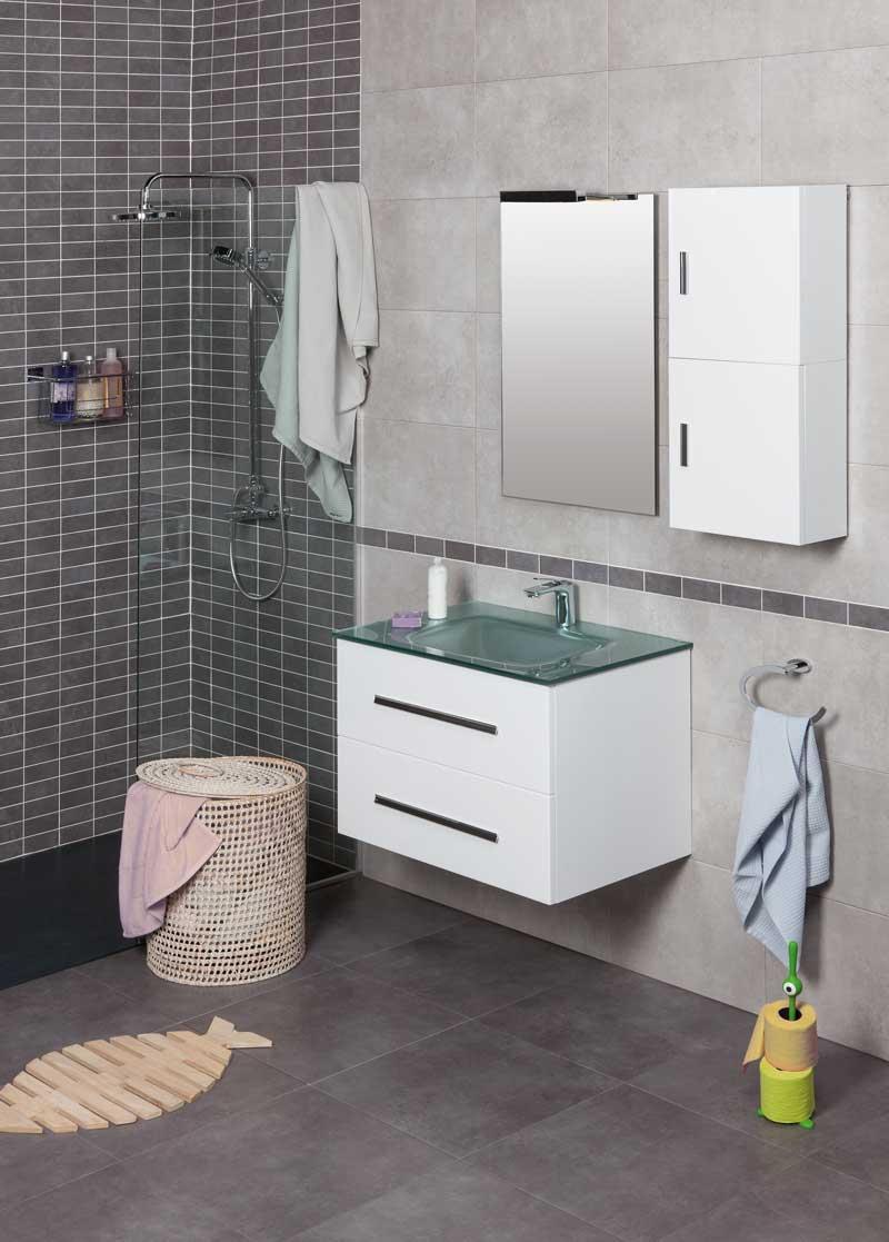 Baño completo con mueble MAIL de la marca Tattom y lavabo VITRUM cristal de la marca Raifen.