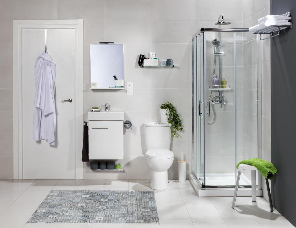 Baño completo modelo SMART con ducha acristalada y detalles en color.