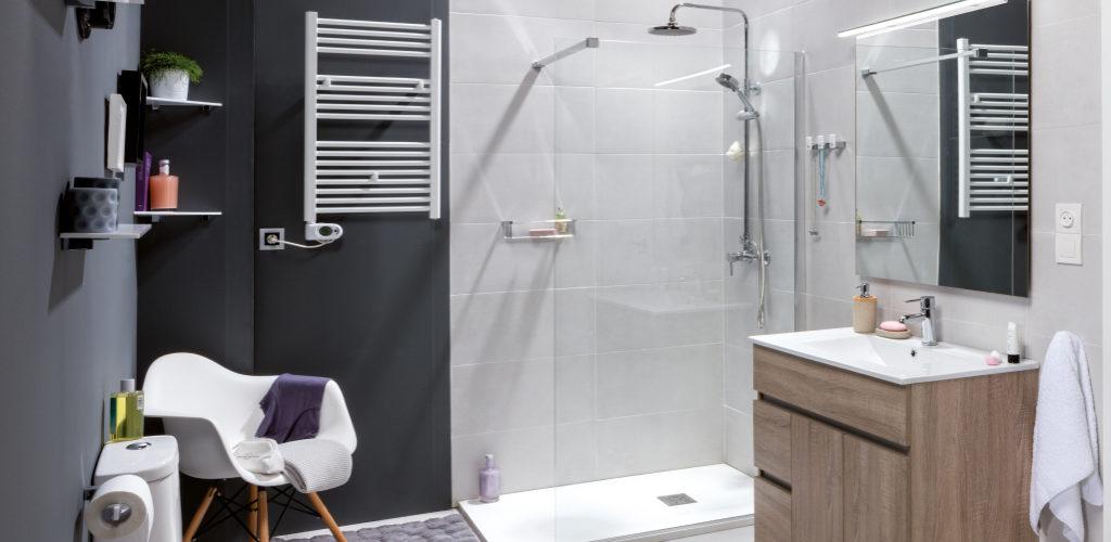 El color gris en el cuarto de ba o gamma azara - Combinar color gris en paredes ...