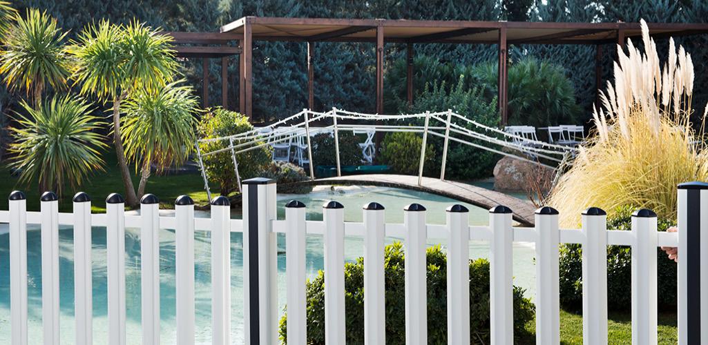 Cerramientos para piscina la puesta a punto grup gamma for Cerramientos para piscinas