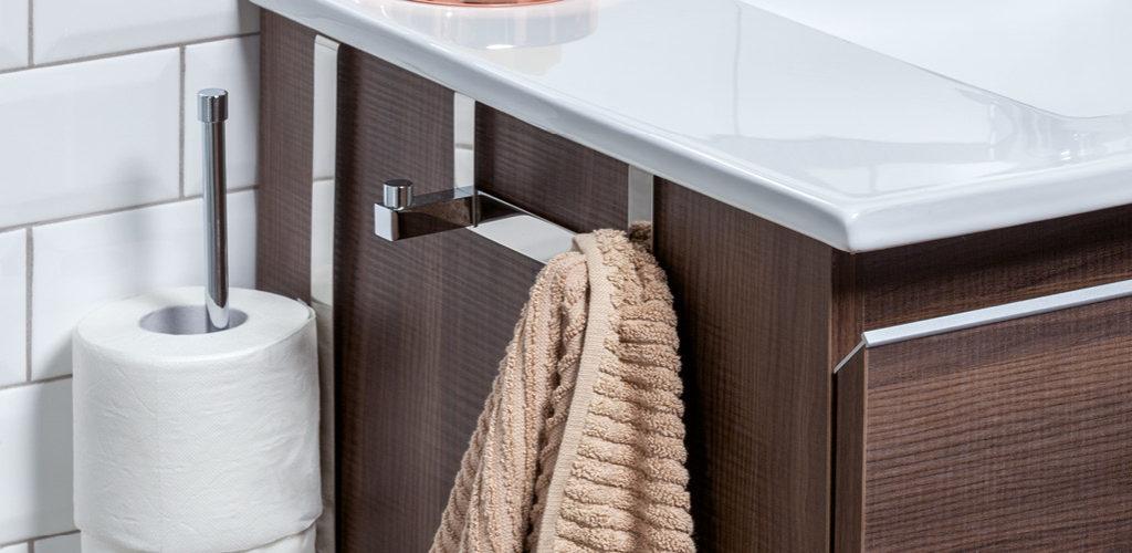 4 accesorios que no pueden faltar en tu ba o gamma azara for Cuelga toallas bano