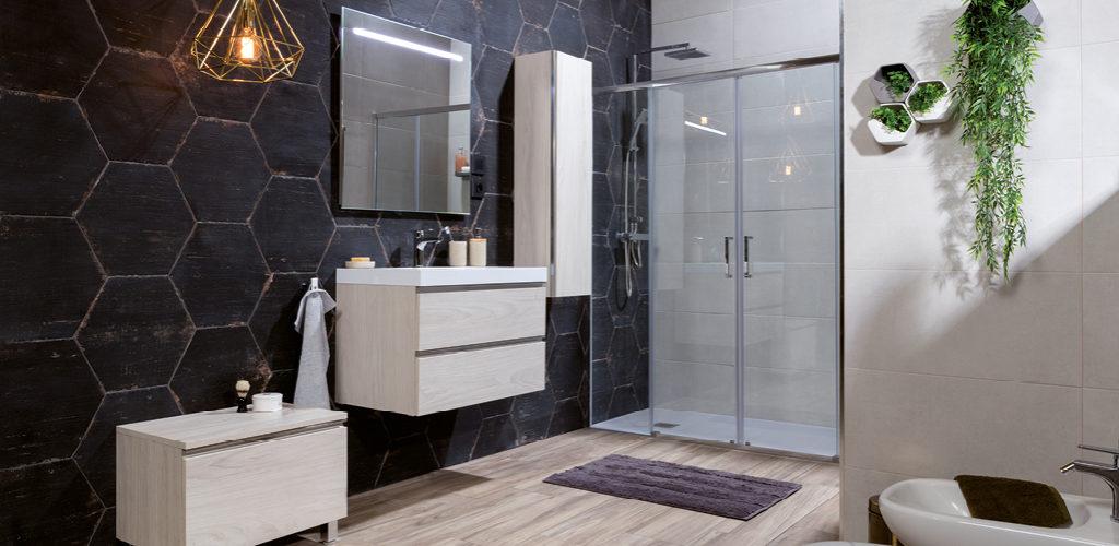 Cómo decorar baños grandes? | GAMMA Azara