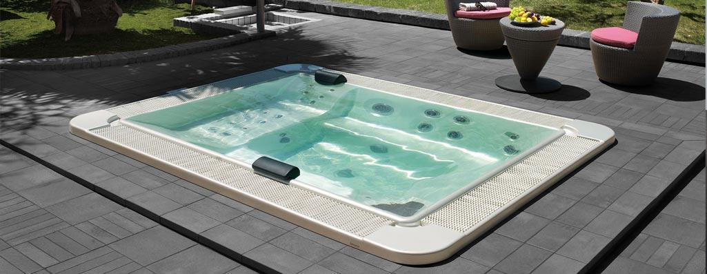 Mini piscina Mirror 630 de medidas 235x300cm