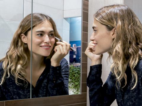 Espejo para el baño. Espejos del cuarto de baño. Espejo para cuarto de baño. Elegir espejo para el cuarto de baño.