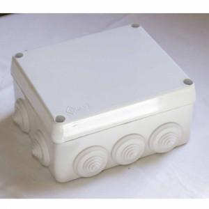 Ud. caja estanca con conos c/tornillos 160x135x75
