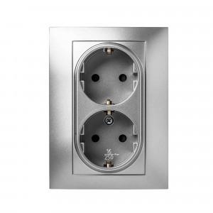 Pz.doble toma corrient.Famatel 9225 empotr. 16a-250v aluminio