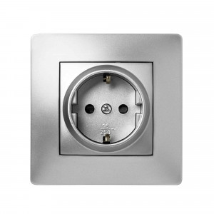 Pz.toma de corriente Famatel 9223 empotr. 16a-250v aluminio